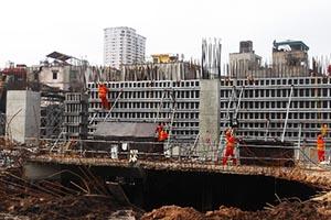 Tiến độ khẩn trương trên công trường dự án FLC Twin Towers